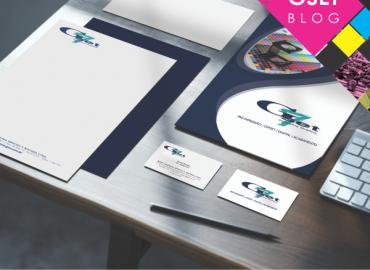 Itens de Papelaria para uma empresa: Cartão de Visitas, Envelope personalizado, Bloco de notas personalizado e Folder.